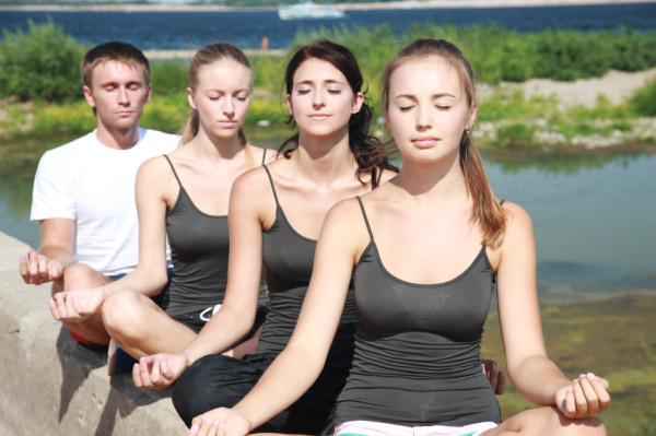 ioga joves granollers